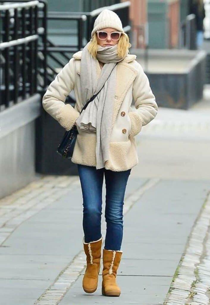 Botas Ugg con looks de moda para días fríos