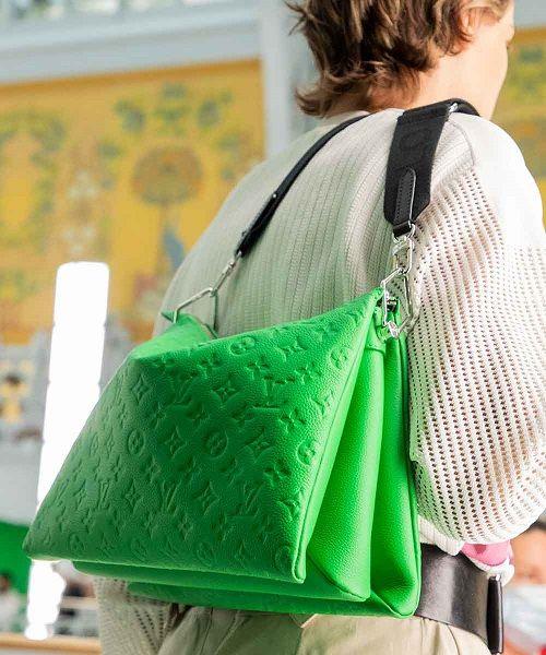 Bolsos en color verde para la Primavera 2021