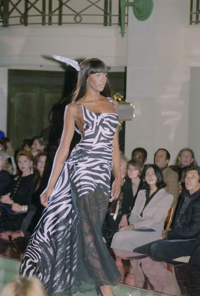 Naomi Campbel con Animal Print Cebra