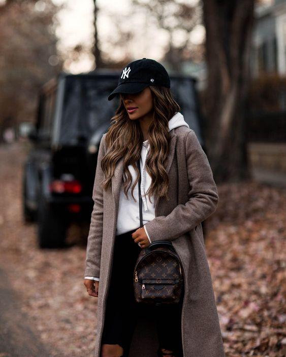 Visera y falda, llevar gorra deportiva en 2021