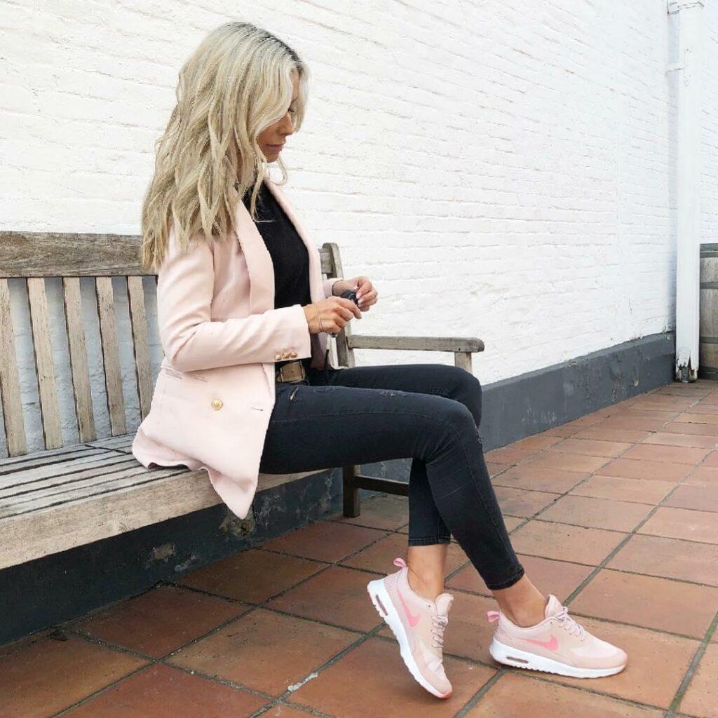 Catálogo Looks zapatillas en rosa